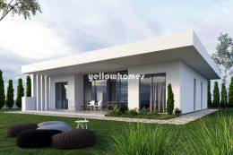 Contemporary 3-bed villa under construction on...